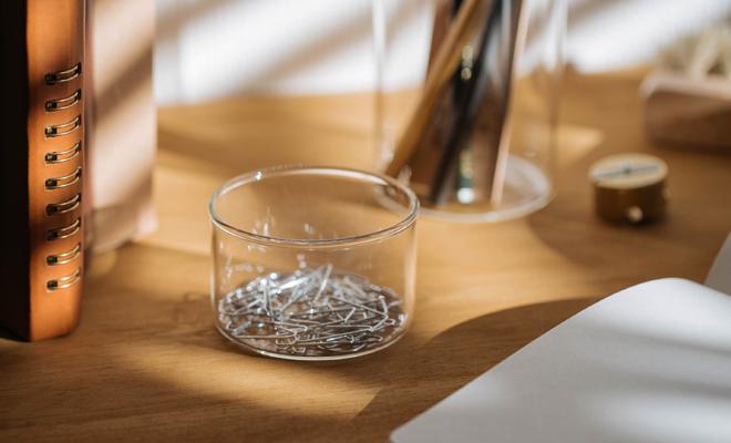 VISION GLASS ヴィジョングラス/GLASS KATORIE SMALL(105ml)/GLASS KATORIE SMALLに多数ピンが入った画像