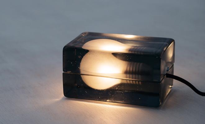 DESIGN HOUSE STOCKHOLM デザインハウスストックホルム/Block Lamp Smoke ブロックランプ スモーク(日本限定色)/Block Lamp Smoke ブロックランプスモーク(日本限定色)の画像