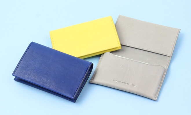 Maine マイネ ネームカードケース3色が並べられた画像