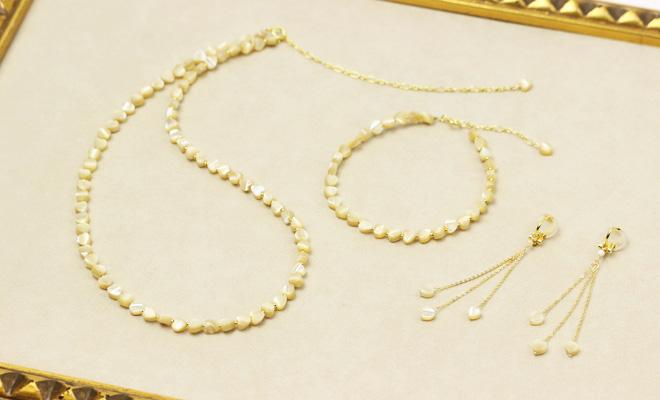 misa ミサ ハートMOP ネックレス ブレスレット イヤリングが並んだ画像