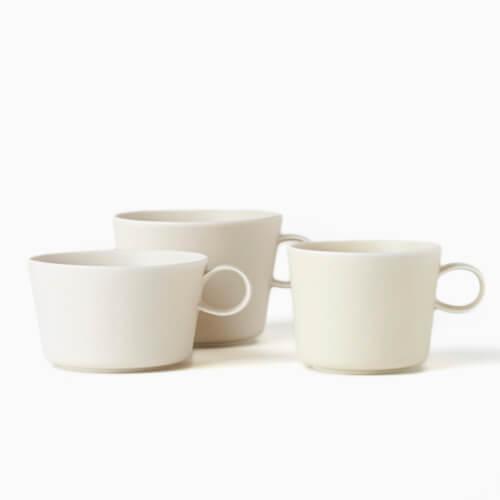 イイホシユミコ yumiko iihoshi porcelain/「unjour アンジュール」カップ suna(3サイズ)