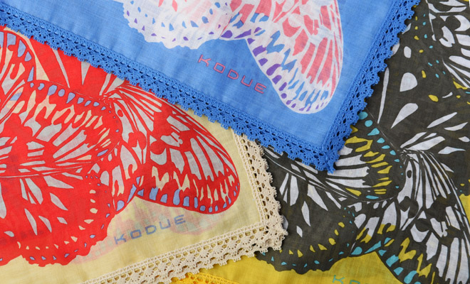 ひびのこづえ/ハンカチ「BUTTERFLY」(3色) /ハンカチ「BUTTERFLY」(3色)のイメージ画像