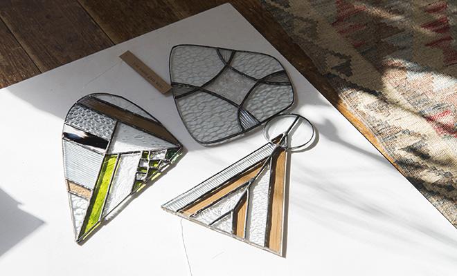 vivo stained glass ビーボステンドグラス/OBJECT 台座付きオブジェ(3種)/OBJECT 台座付きオブジェ(3種)が並んだ画像