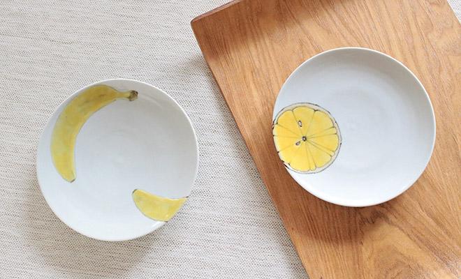 日下華子 くさかはなこ/九谷焼 5寸皿「オレンジ・バナナ」/九谷焼 5寸皿「バナナ・オレンジ」が並んだ画像