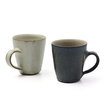 秋谷茂郎 あきやしげお/マグカップ(青彩・リンゴ釉)