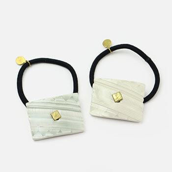 UU ceramic jewelry and objects ウウ セラミックジュエリー アンド オブジェクツ/ヘアゴム しかく S(2色)