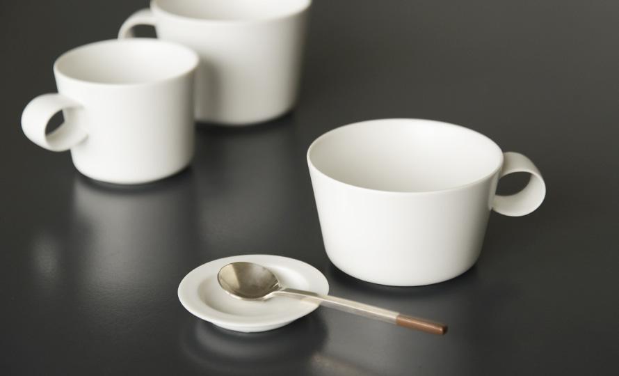 イイホシユミコ yumiko iihoshi porcelain/「unjour アンジュール」カップ yuki(3サイズ)のイメージ画像
