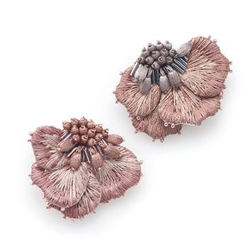 Veriteco ヴェリテコ/「八重桜」ブローチ(2種)