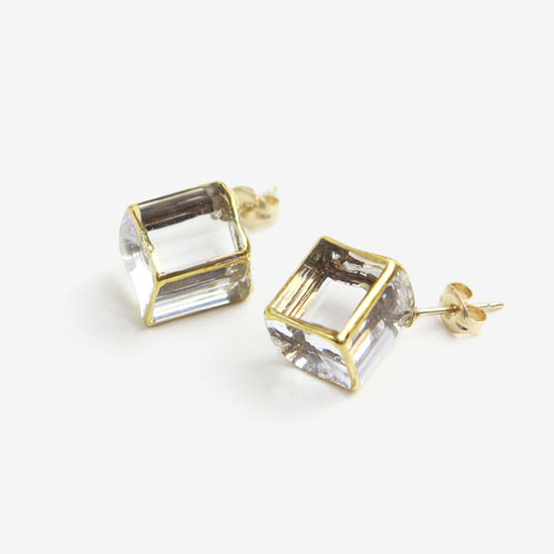 sorte glass jewelry ソルテグラスジュエリー/SGJ-006P ガラス ピアス(立方体)