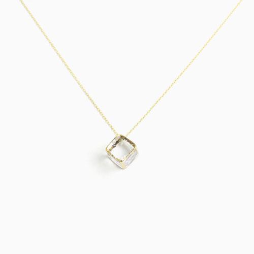 sorte glass jewelry ソルテグラスジュエリー/SGJ-023 ガラス ネックレス(立方体)