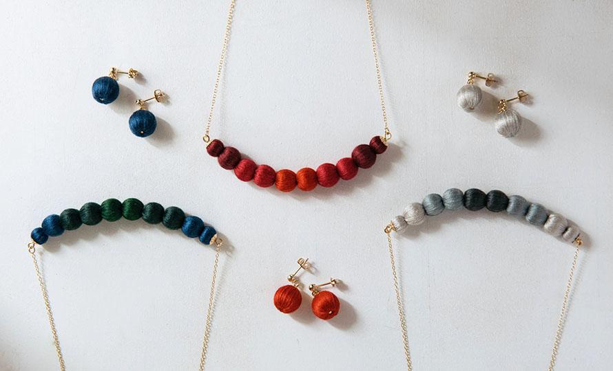 ciito シイト/ピアス「ringo pierce」(3色)/ピアス「ringo pierce」(3色)が並んだイメージ画像