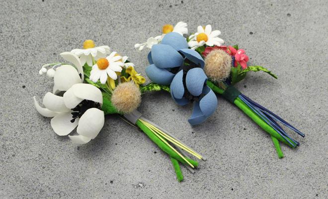 la fleur+S ラ・フルール/riviere リヴィエール「bouquet」ブーケのコサージュ(2色)/riviere リヴィエール「anemone bouquet」アネモネブーケのコサージュ(2色)が並んだイメージ画像