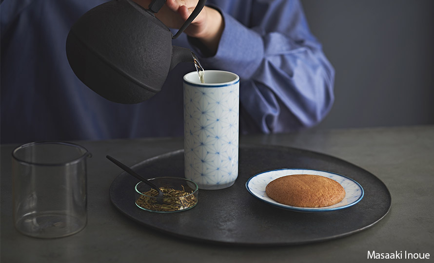 Shizuka Tatsuno 辰野しずか/mg&gk – porcelain for boro cookie & hōjicha ぼうろとほうじ茶の器(4種)のイメージ画像