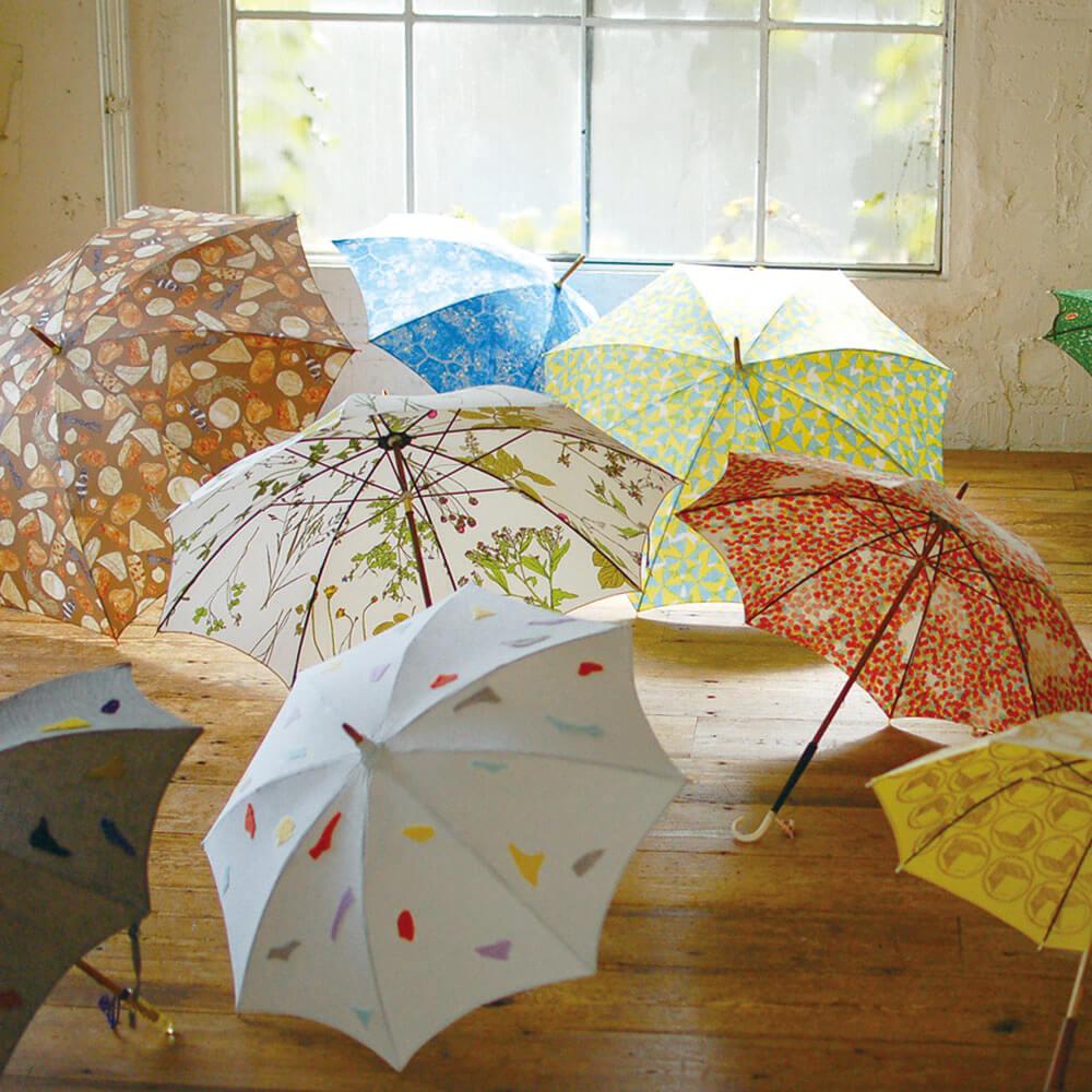 イイダ傘店の傘たち