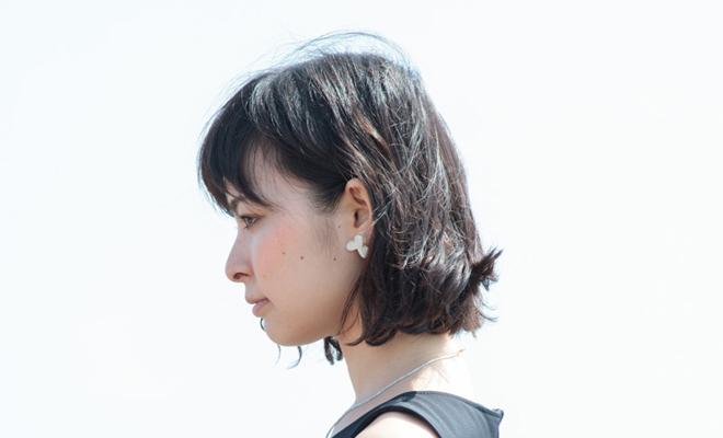 八木麻子 やぎあさこ hanakazari イヤリングをモデルが着用した画像