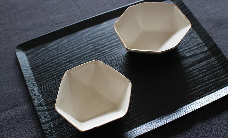 青木郁美 あおきいくみ/雨雲三角面取小鉢のイメージ画像